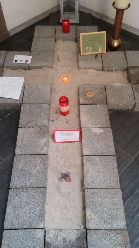 Friedenskreuz-Herz-Jesu-0002