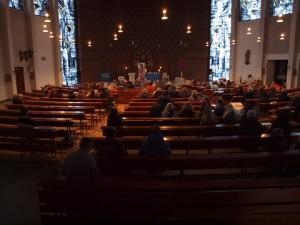 Frühschicht St. Laurentius - Beginn in der Kirche