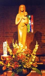Marienstatue in der Kirche St. Bonifatius