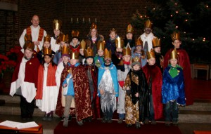 Gruppenfoto der Sternsinger in St. Bonifatius 2012