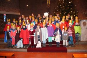 Gruppenfoto der Sternsinger in St. Bonifatius 2014